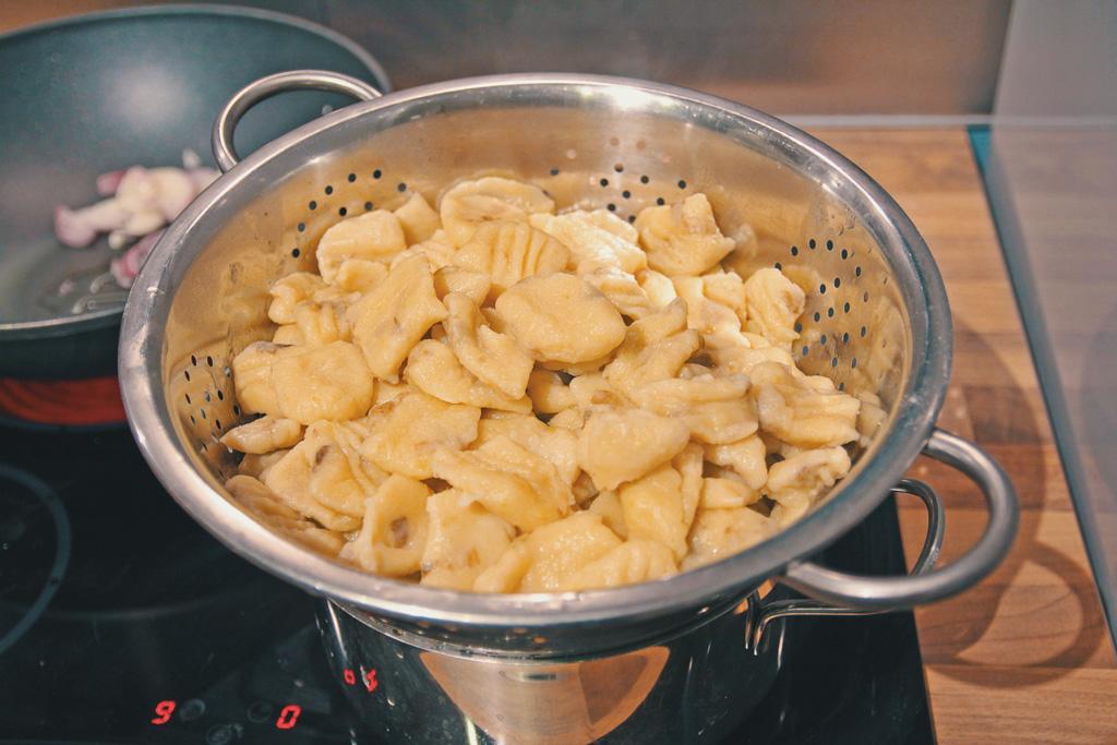 fertig sind die selbst gemachten veganen Gnocchi