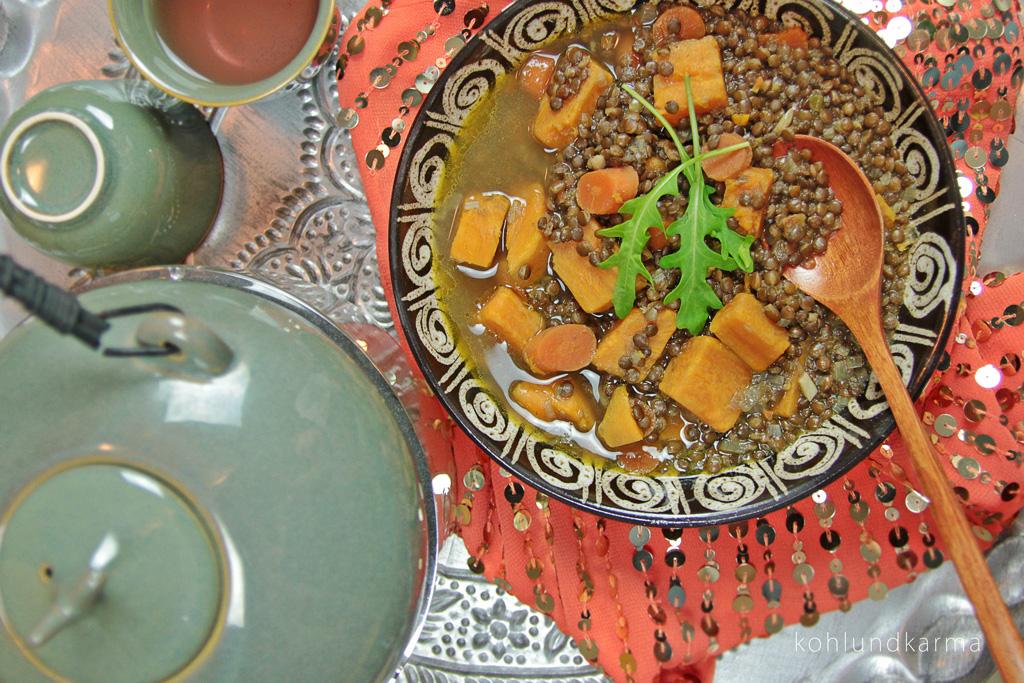 Linsen Süßkartoffel Eintopf orientalisch | kohlundkarma