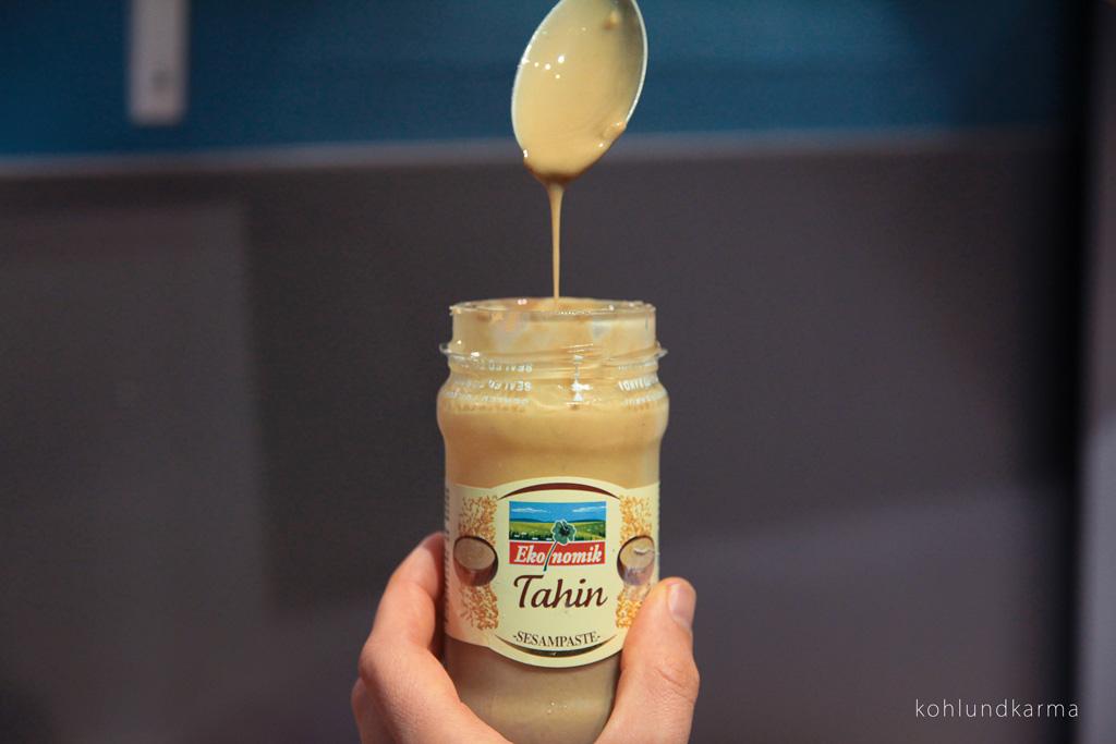 Linsen Süßkartoffel Eintopf Tahini | kohlundkarma